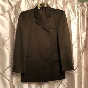 Men's Suit in Great condition!